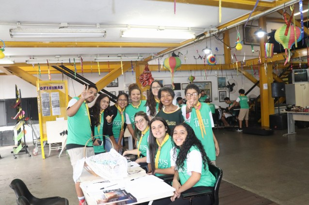 Desbravadores participaram da recepção do evento (Foto: Lourinaldo José da Silva)