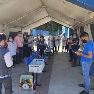 Música instrumental ao vivo estava entre as homenagens realizadas aos enfermeiros. [Foto: ASA da igreja adventista central de Joinville].
