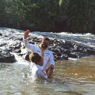 O Batismo da Primavera ocorre ao longo de todo o mês de setembro (Foto: Arquivo da Igreja Adventista)