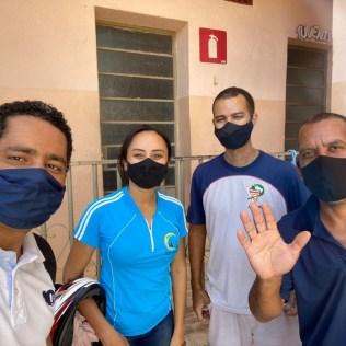 Voluntários do bairro São Paulo. (Foto: Arquivo pessoal)