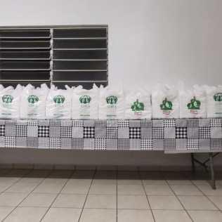 Fraldas prontas para serem doadas. [Fotos: Reprodução].