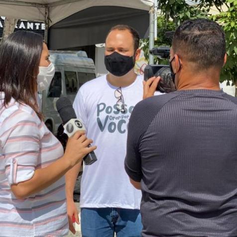 Equipe da TV local acompanhou a iniciativa de oração. (Foto: reprodução)