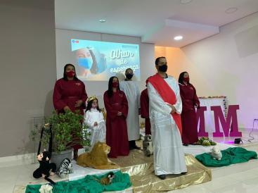 Na Igreja de Guaianazes houve encenação sobre como será o Céu (Foto: Arquivo Pessoal).