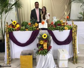 Casal pastoral na Festa das Primícias em Contendas do Sincorá (Foto: Colaboração)
