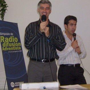 Simpósio Mundial de Rádio em Montemorelos, México
