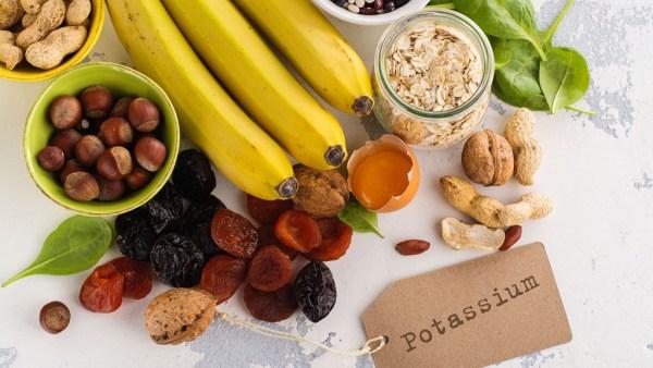 Potássio é importante para contrações musculares e conduções nervosas