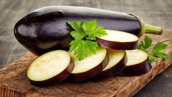 Berinjela tem origem indiana e é bastante popular na mesa do brasileiro
