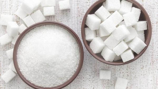 Açúcar é alimento que merece cautela no consumo para evitar problemas