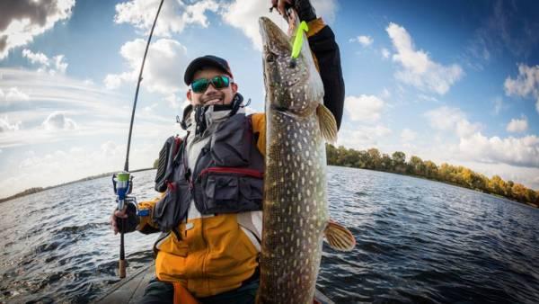 Licença de pesca amadora permite pescar em regiões não protegidas