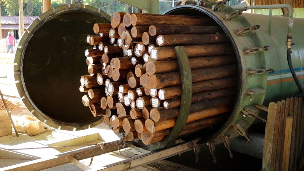 Tratamento de madeira