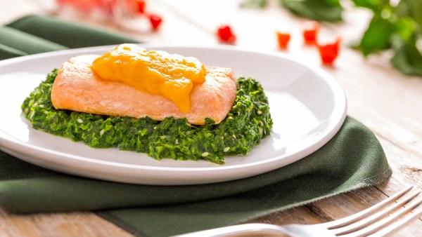 Vitamina B7 (biotina), hidrossolúvel, é essencial para a vida