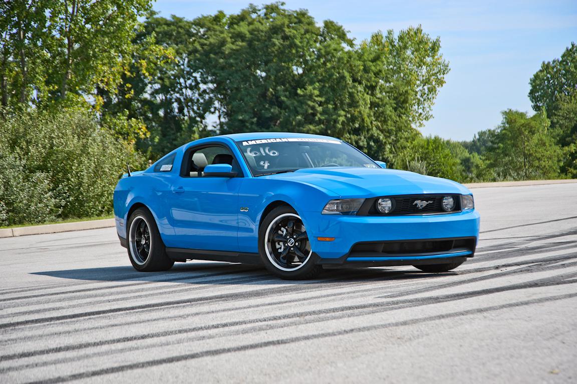 AM_2011_Mustang.jpg