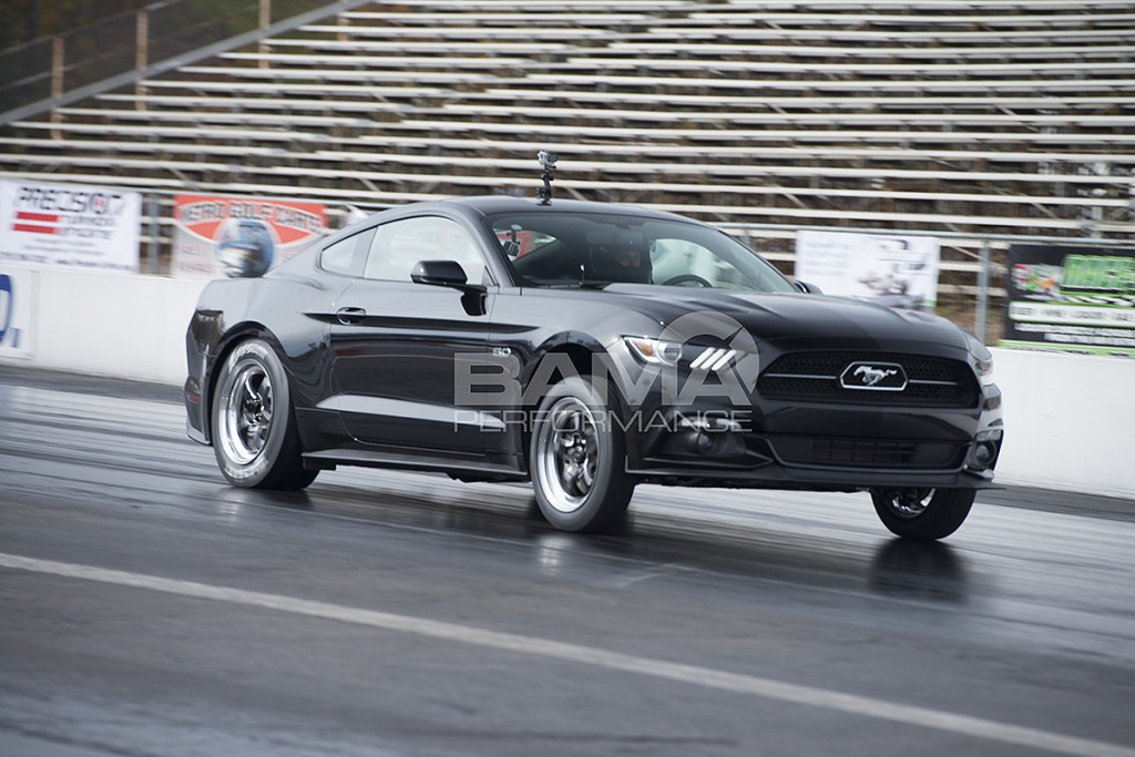 Bama's world record 2015 Mustang GT pass