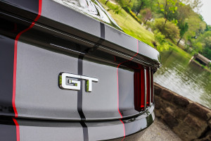 2015 5.0 Mustang Decklid
