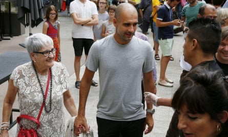 Man City manager Pep Guardiola's mother dies after contracting coronavirus
