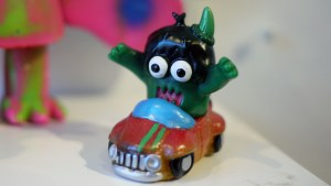 Monster Mash - Rampage Toys' Ugly Unicorn Cabriolet Cruiser