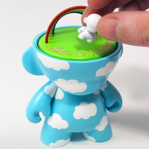 Clark's DayDream Studio - DayDreaming in Munnyworld Custom Munny (front, removable figure)
