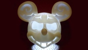 Gregory Lee / GregLovesToast's Grim Grinning Mickey (Disney & Play Imaginative vinyl)