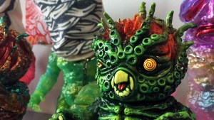 Paul Kaiju's Ring of Fire - Sludge Kraken (Mutant Vinyl Hardcore's Sludge Demon DX body with Hyper Kraken head)