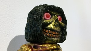 Rampage Toys' The Return of Rampage!! - Happy Grinning Nag DX (co-design with Mutant Vinyl Hardcore)