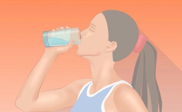 Santé : 5 raisons de consommer l'eau à température ambiante (Etude)