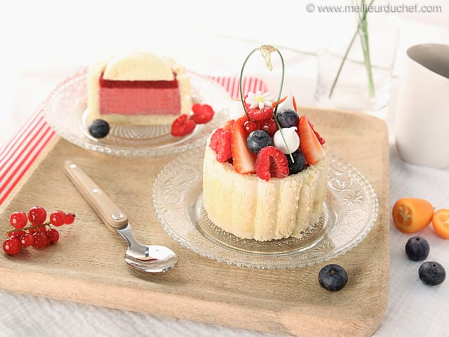 mini charlotte aux fruits rouges