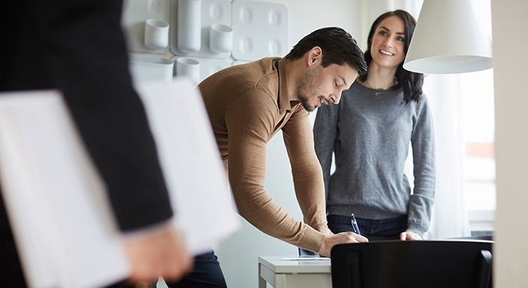 How to Make a Winning Offer on a Home   MyKCM