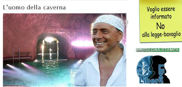 Sur son site, le paparazzi a mis en ligne des photos de la caverne «belusconienne».