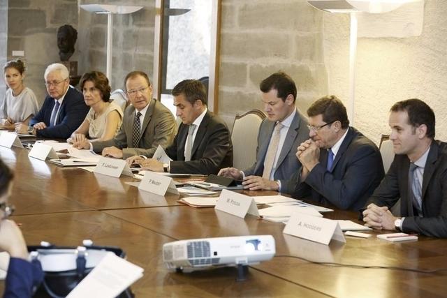 Le Conseil d'Etat a adopté un projet de loi qui renonce à la création du Bureau de la médiation.