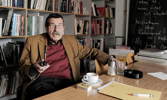 «Wir steuern auf den dritten grossen Krieg zu»: Günter Grass in Göttingen. (Archivbild)