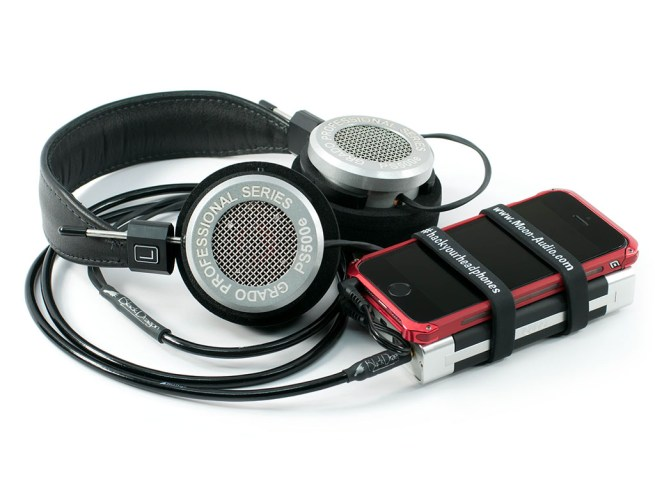 PS500e with black dragon headphone cable and iqube v5 5 small
