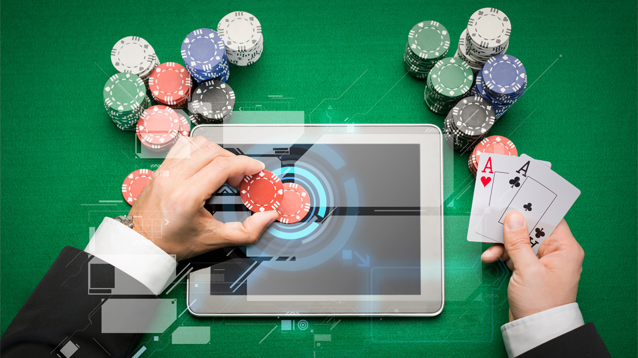 <strong>Artificial intelligence masters poker</strong> | Two artificial intelligence (AI) programs beat professional poker players for the first time at Texas Hold 'em, a game in which each player is dealt two cards face down and strategies depend in part on intuition. The successful AI programs could lead to applications in areas such as security and negotiations.
