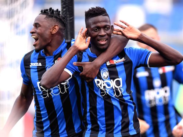 Image result for photos of atalanta vs genoa