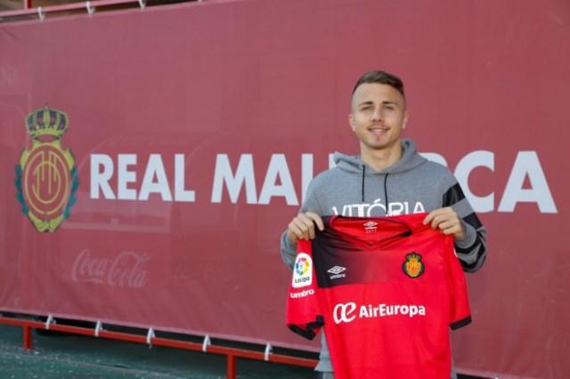 El Real Mallorca ficha a Angeliño   Mallorca - Web Oficial
