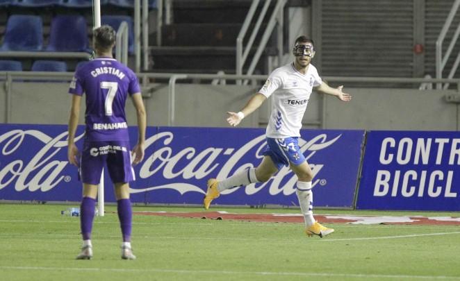El CD Tenerife traspasa a Jacobo González al Sabadell