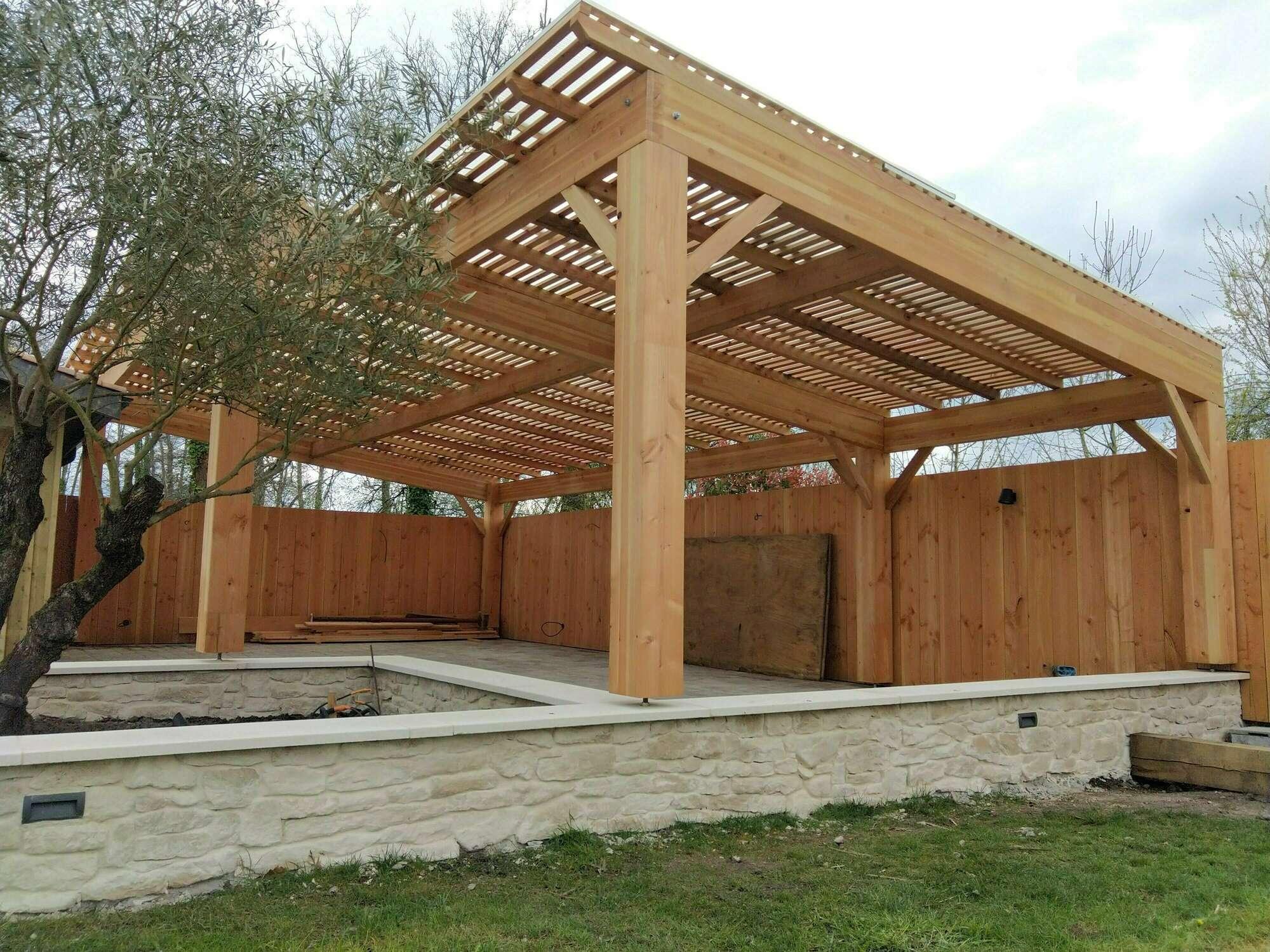Construction D Abris Et Pergola En Bois A Saucats 33650