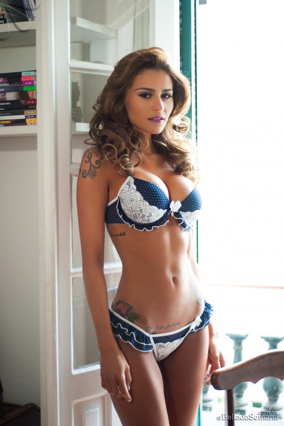 Junia Cabral, brunette, strip, busty, ass, pose