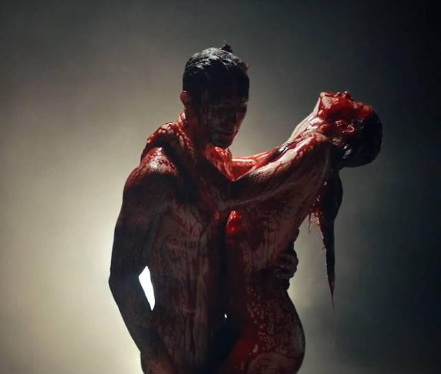 Adam Levine Has Bloody Sex With Behati Prinsloo In Maroon 5s Animals Mv