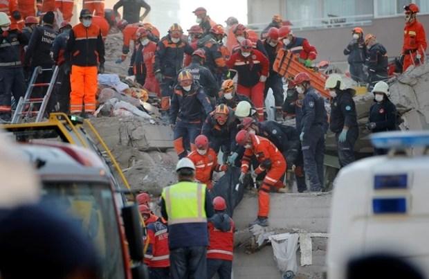 Σεισμός - Τουρκία: Συγκλονιστική διάσωση 3χρονης μετά από 65 ώρες [βίντεο]