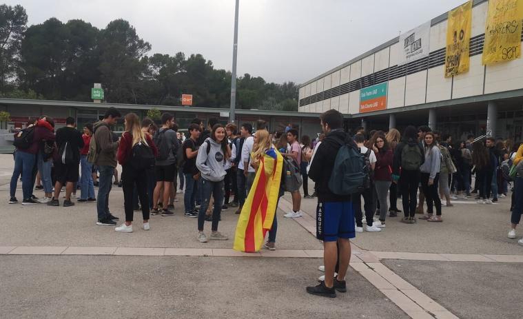 Estudiants de la UAB comencen la mobilització per la sentència pels presos polítics