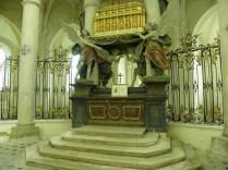 PONTIGNY: relikwiarz św. Edmunda / St. Edmund's reliquiary
