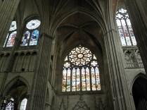 Witraż transeptu pn.