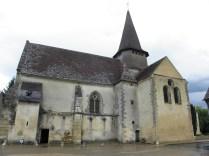 ST-OUTRILLE: elewacja południowa kościoła / church from the south