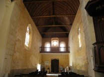ST-OUTRILLE: gotycka nawa / Gothic nave