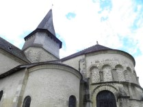 ST-OUTRILLE: detale absydy / details of the apse