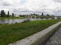 AMBOISE: most na Loarze / bridge over the Loire river