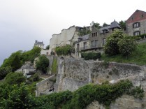 CHINON: zamkowa skarpa / castle hill