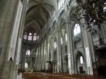 Widok w stronę prezbiterium