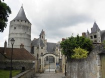 Przed chateau w Chateaudun