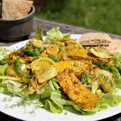Orientalischer Salat mit Tofu
